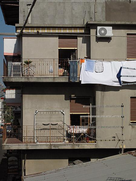 Laundry_and_balconies_Rosarno_Calabria_darcyelliott